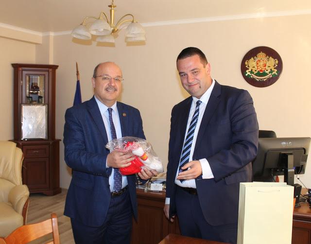 Чанев и Ердем обсъждат турските инвестиции в региона. Ще има ли МОЛ в Кърджали?