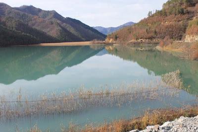 """Тревога за Златоград, Кирково и Кърджали: """"Ерма река"""" отново замърси водите!"""