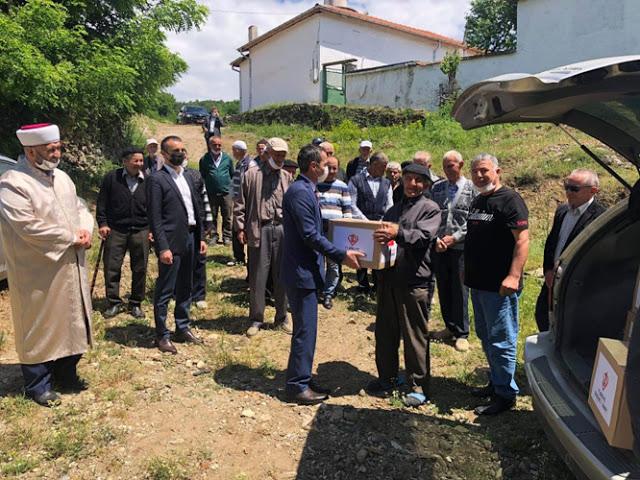 Турският консул участва в молитва в Птичар