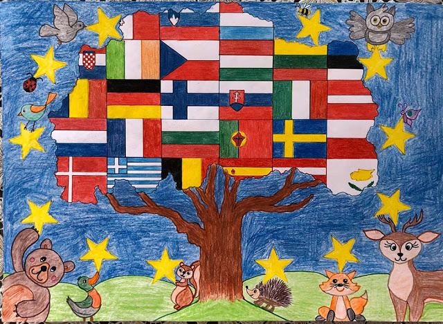 У дома, с четка в ръка: Второкласници показаха Единството на Европа(снимки)