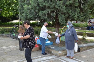 Без ифтар, но над 2 500 пакета с пилаф раздадени в Момчилград!
