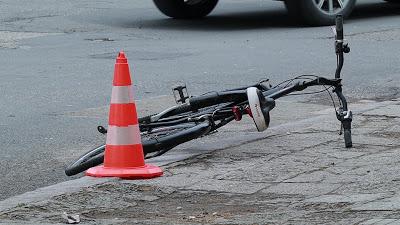 Апаш задигна велосипед
