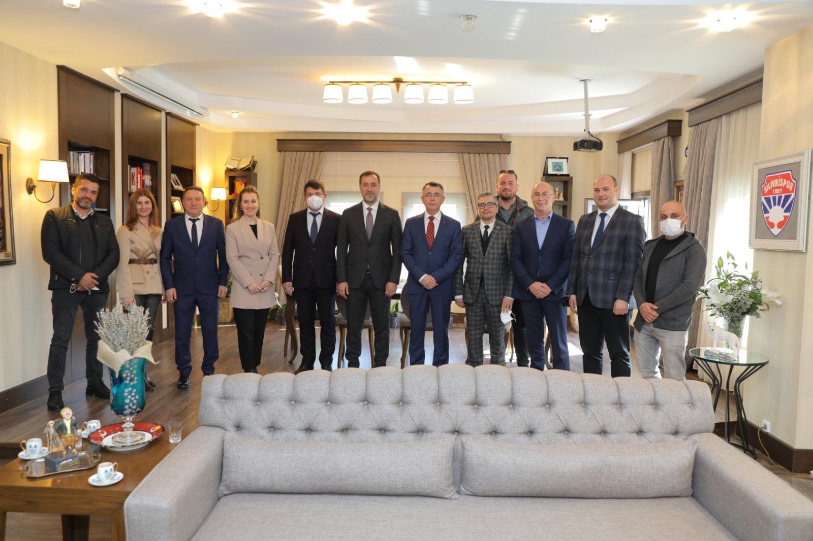 Хасан Азис и Ресми Мурад се срещнаха с кметове в европейската част на Турция