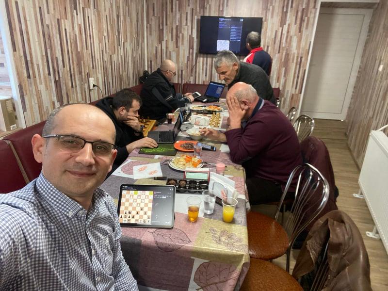 """Турнир даде отговор на въпроса кои са най-добрите на """"бърз шах""""?"""