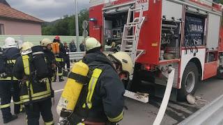 Два автомобила изгоряха на пътя