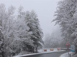Сезоните се сменят през дни – снежна приказка към Ардино