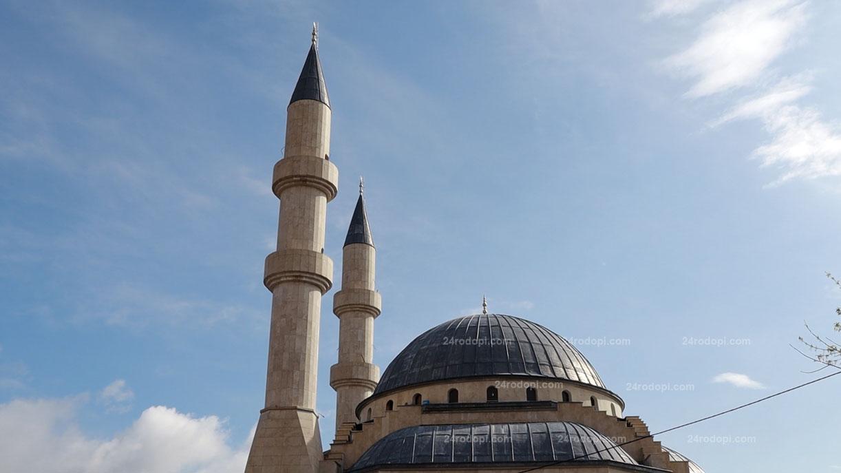 """""""Месецът Рамазан е философията на живота! Честит празник!""""(поздравленията)"""