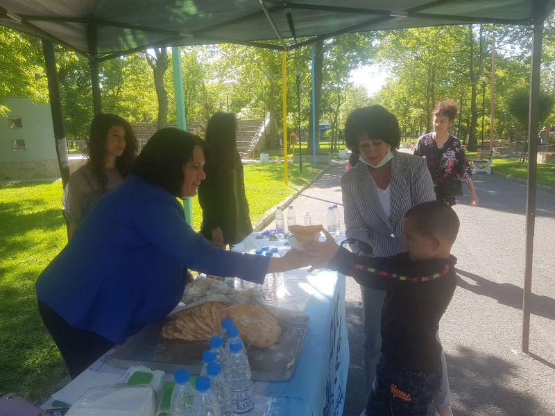 1 500 мекици в Момчилград! Илкнур Кязим: Идеята е традицията да се превърне във фестивал