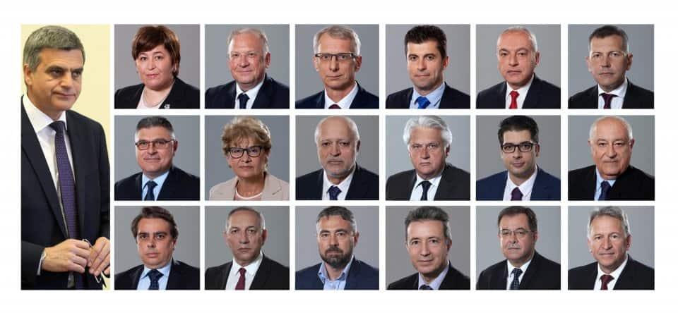 Как се справя служебното правителство и кой министър каква оценка заслужава