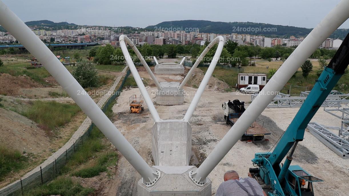 """ВИДЕО репортаж: Трите """"крила на пеперудата"""" вече са монтирани"""