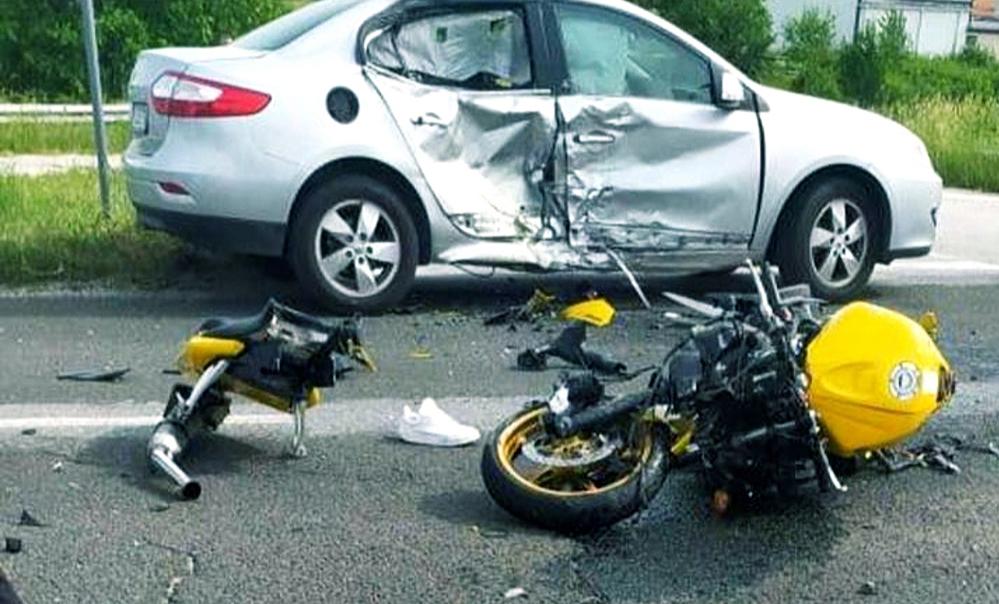 Моторист с опасност за живота след тежко ПТП