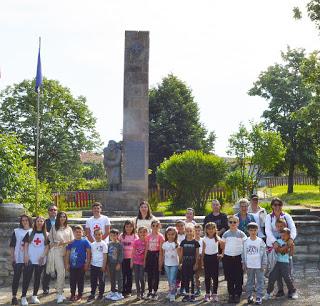 Борът, храмовете, басейнът, паметниците – толкова много за гледане в Пчеларово