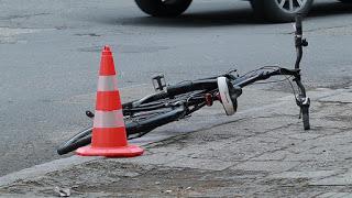 Трезвен водач блъсна пиян велосипедист