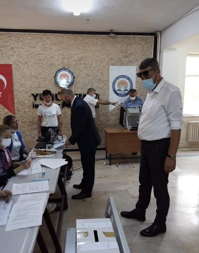 """В """"столицата на изселниците"""": От 7 084 гласували, 6 300 са за ДПС! Но в Турция…"""