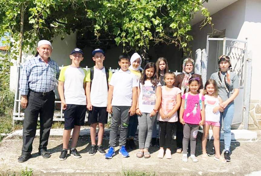 Летните курсове – първи уроци по ислям за децата в Черноочене