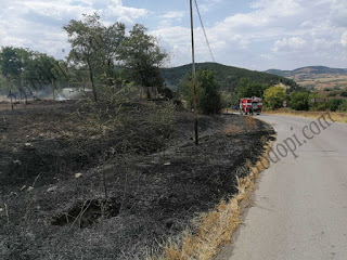 Пожар край село, в града вадят хора от аварирал асансьор