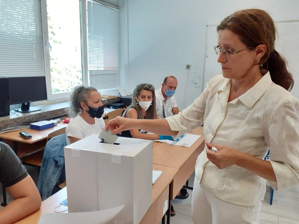Юлия Чортленева: Гласувах за новото бъдеще на България