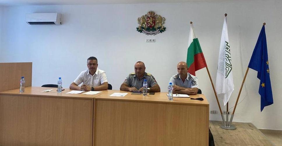 Извънредно заседание и превантивни мерки срещу разпространението на пожари в Джебелско