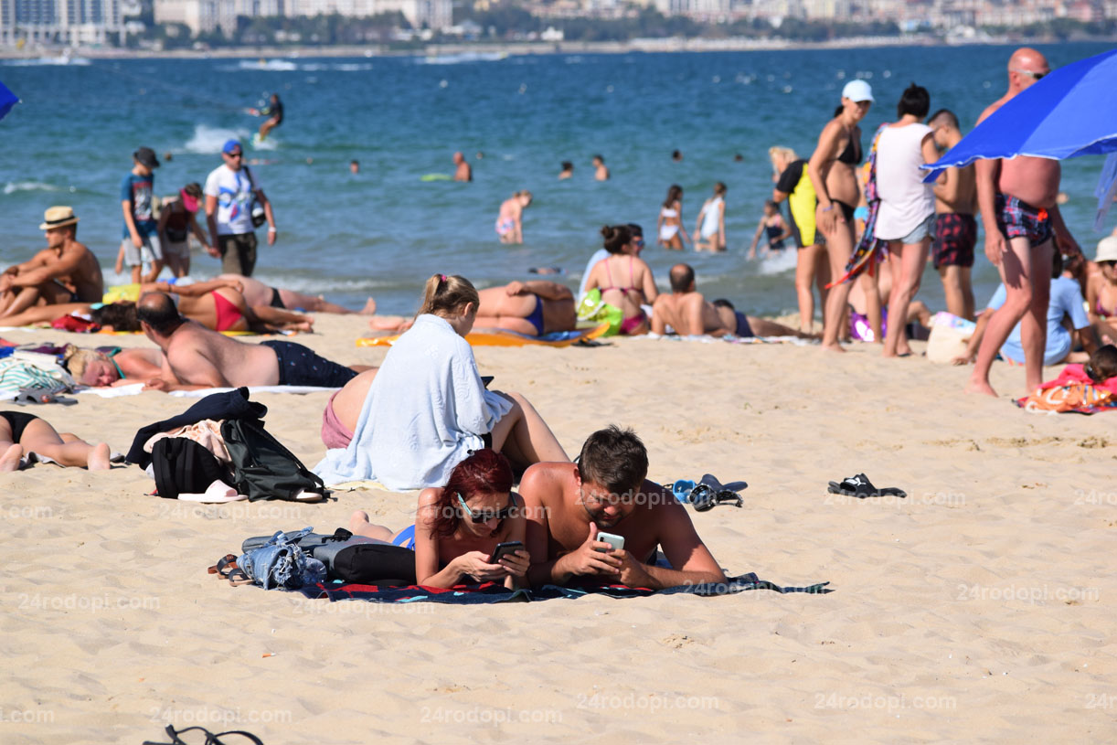 Плажът, част 10: Ако спре нетът, ще има истерични писъци