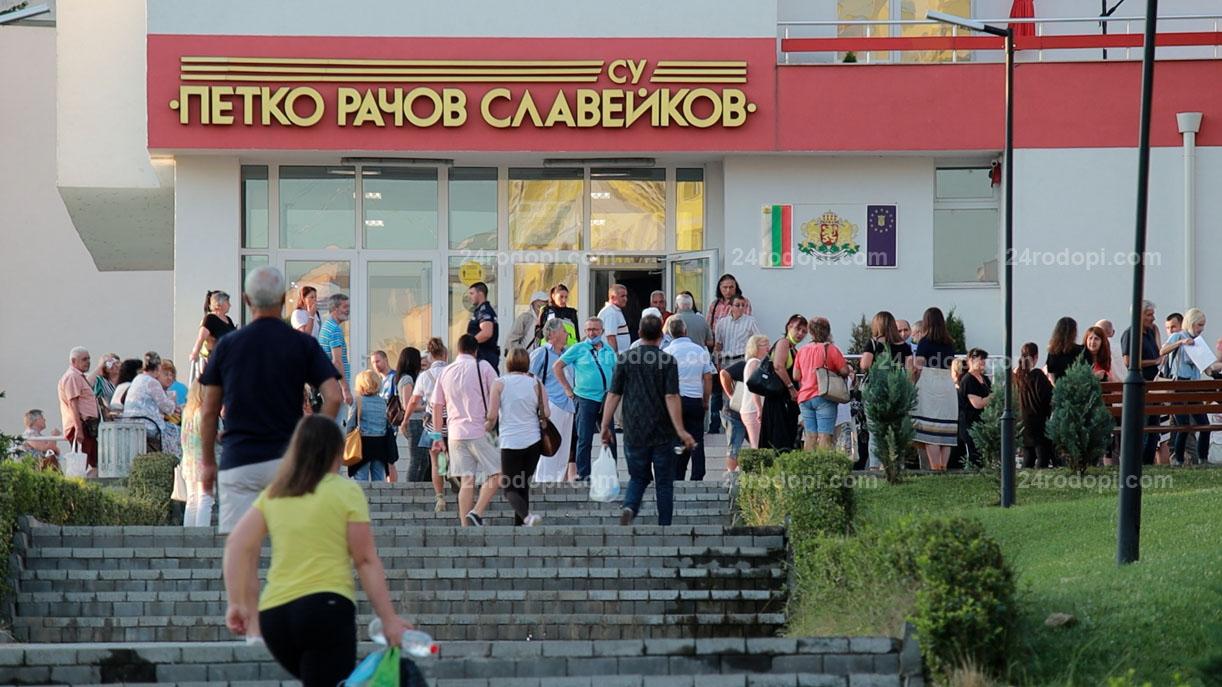 Тошко Йорданов: Ние сме първа сила в град Кърджали! Йордан Цонев: Не е вярно, ДПС са първи!