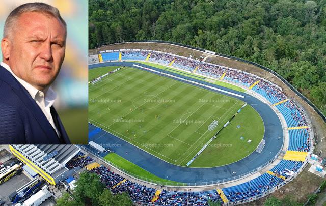 """Спортен сайт: Журналисти надъхват Белия да поеме """"Левски"""""""