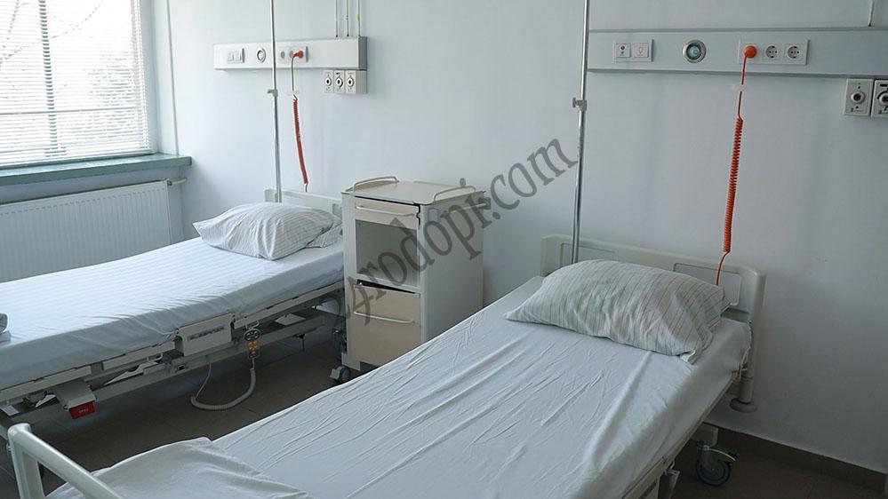 Областният щаб: Още легла за ковид-лечение, без свиждания в болниците