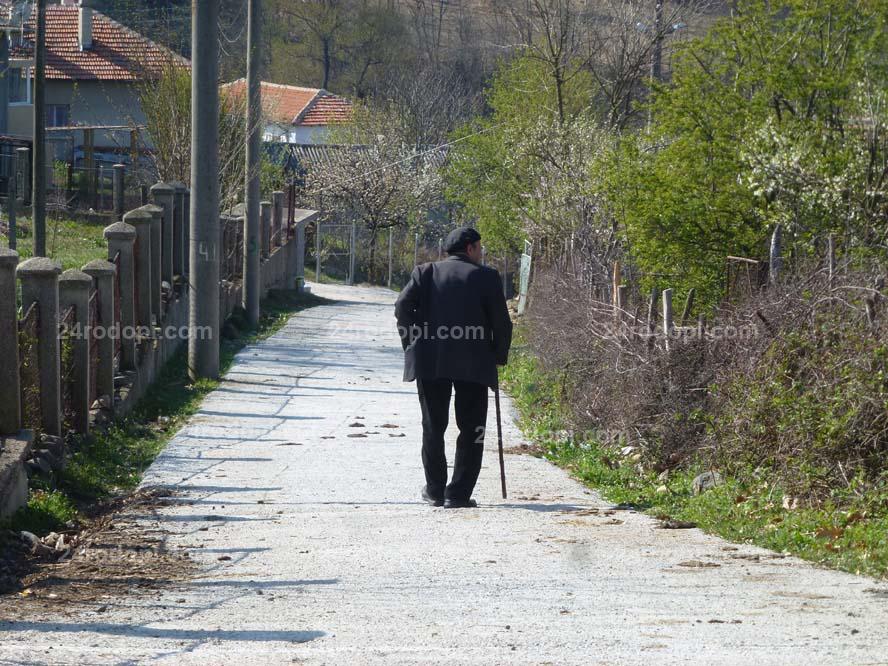 Средната пенсия в Кърджали е 425 лева, в София – 615
