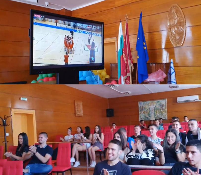 Първо в 24rodopi.com: Волейболна драма в Белград и… Славейковци са световни ученически шампиони!