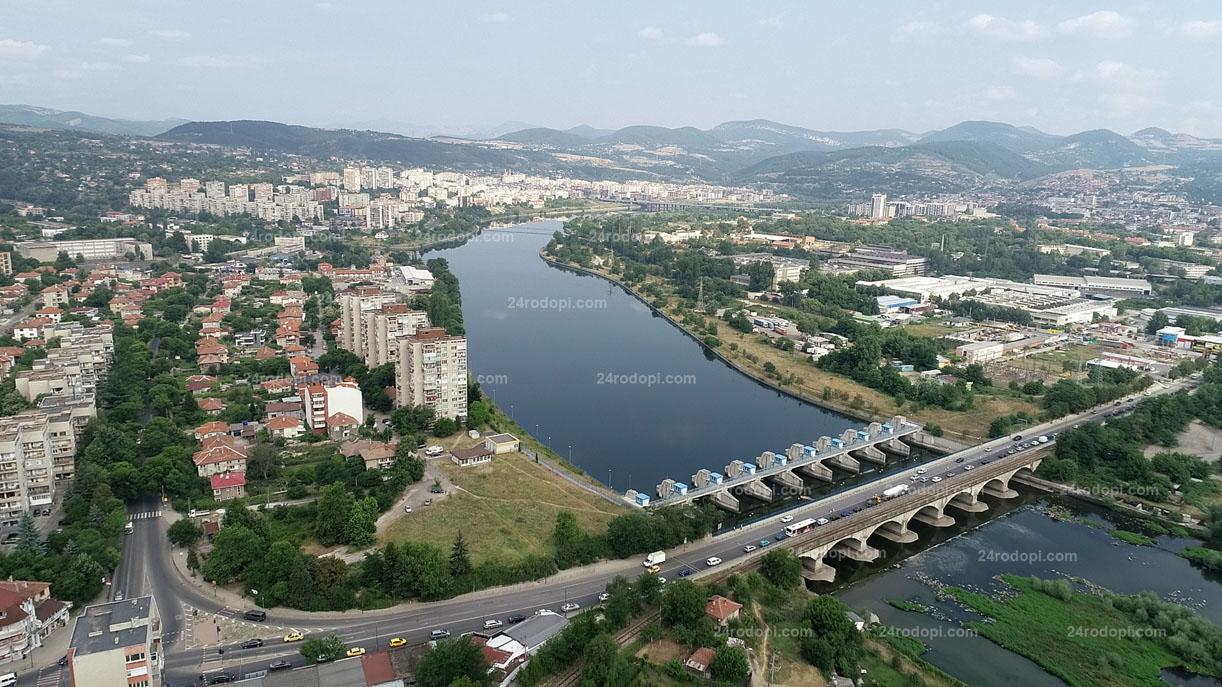 НСИ за последните 10 години: Само Кърджали, Пловдив и София са увеличили населението си! 44 123-ма ли живеят в града край Арда днес