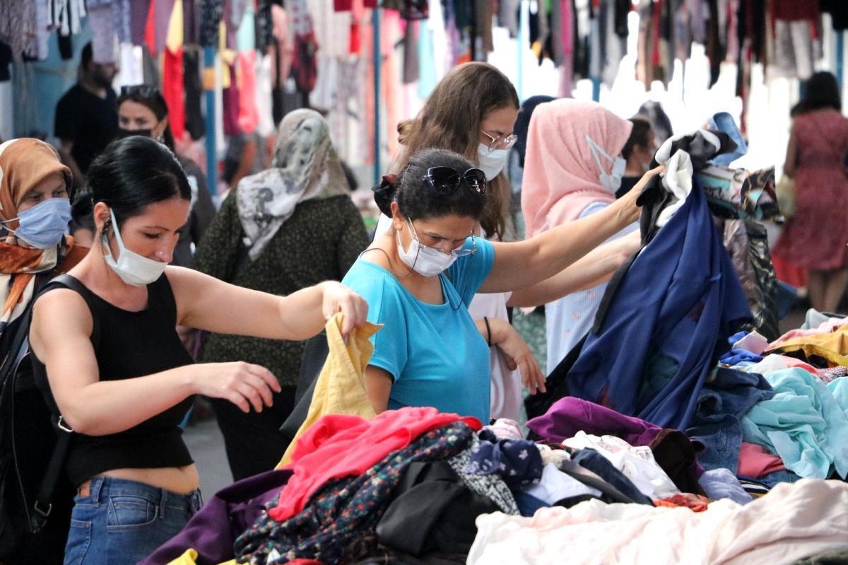 Хиляди нашенци пазаруват за първия учебен ден в Одрин