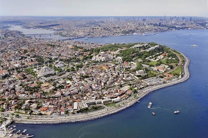 ДВ: Турците не издържат на високите цени, купуват само най-необходимото